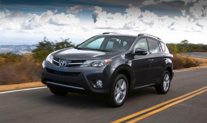Фото: Toyota Rav 4 2013