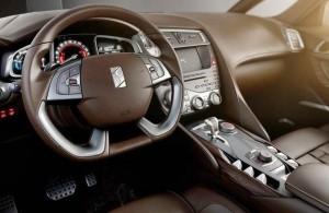 Фото: Citroen Ds5 - интерьер, водительское место