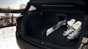 Фото: Citroen C4 Aircross - багажное отделение