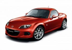 Фото: Mazda MX-5 2013 красного цвета после рестайлинга