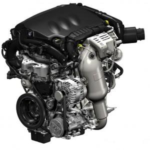 Фото: Двигатель от Пежо 308