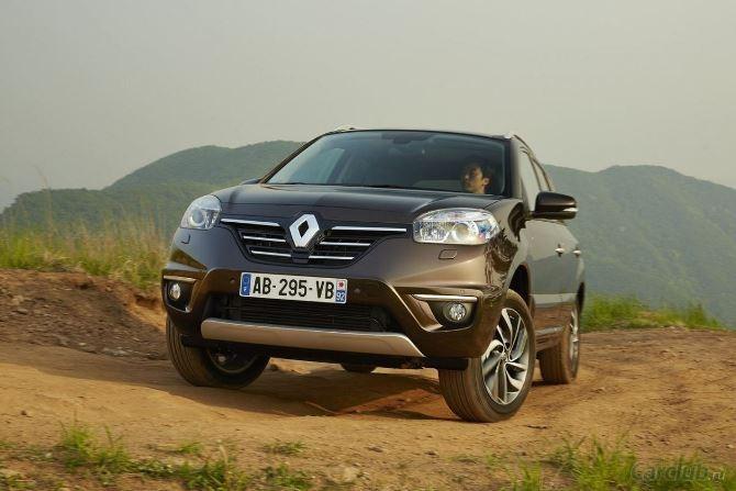 Фото: Renault Koleos на бездорожье