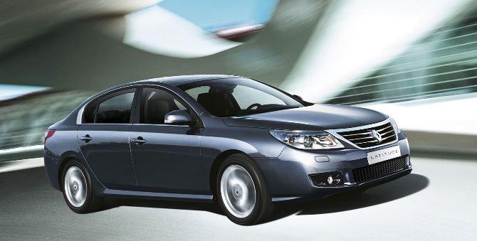 Фото: Renault Latitude - сила в движении
