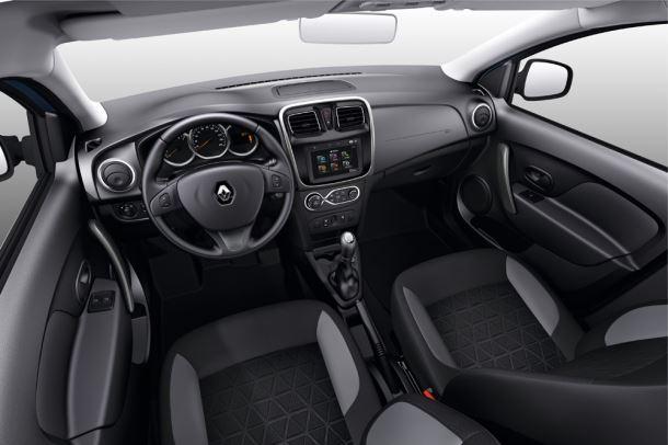 Фото: Обновлённый салон Renault Logan выглядит лучше