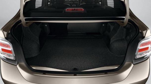 Фото: Багажник Renault Logan объёмом 510 литров