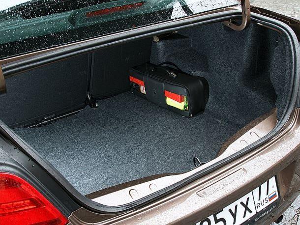 Фото: Багажник Peugeot 301