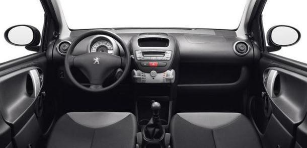 Фото: Салон Peugeot 107