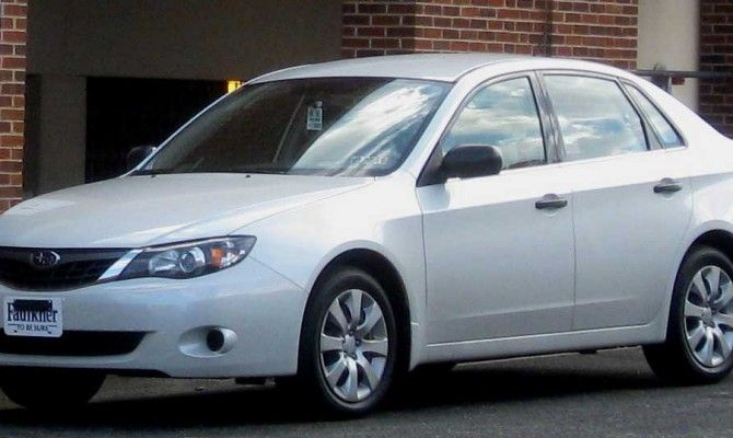 Фото: Subaru Impreza sedan 2012