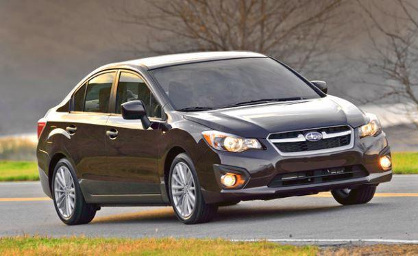 Фото: Непрмечательный экстерьер Subaru Impreza