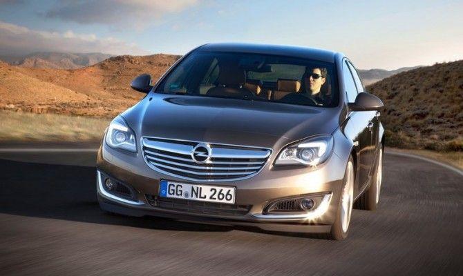 Фото: Opel Insignia 2014