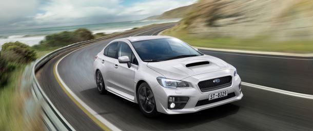 Фото: Subaru WRX нового поколения на трассе