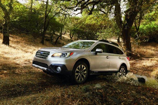 Фото: На бездорожье Subaru Outback чувствует себя в своей тарелке
