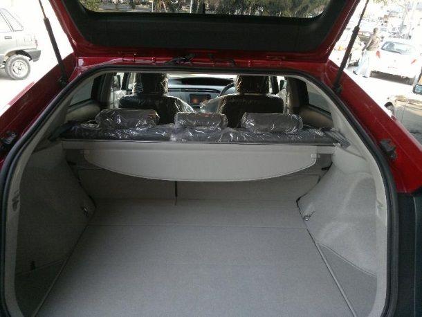 Фото: Багажное отделение Toyota Prius 30