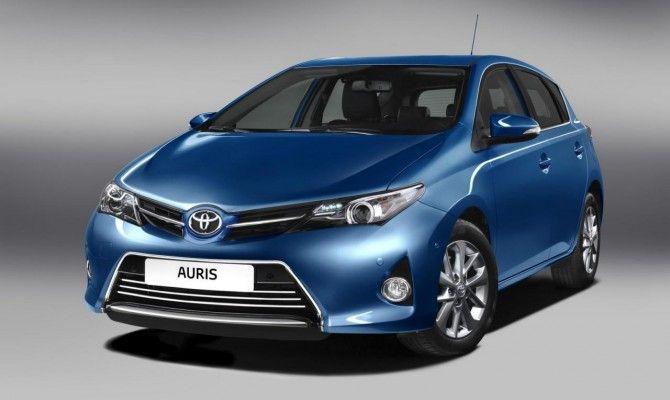 Фото: Toyota Auris 2013
