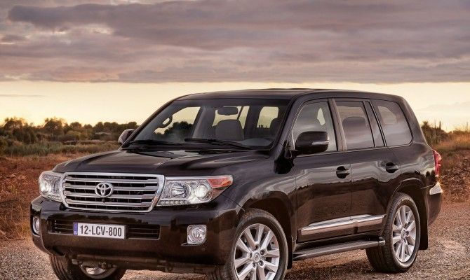 Фото: Toyota Land Cruiser 200