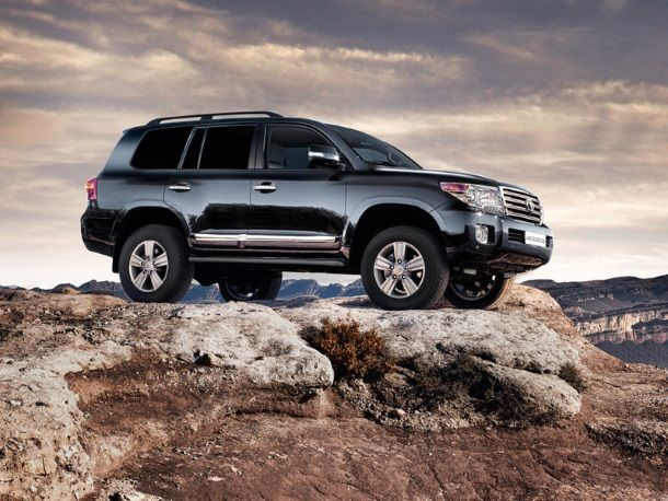 Фото: Новый Toyota Land Cruiser 200 2014 года