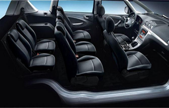 Фото: Семиместный вариант салона Ford S-Max