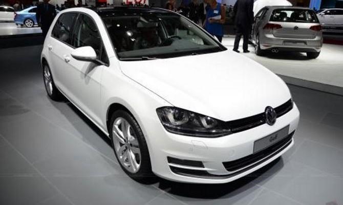 Фото: Volkswagen Golf - 7 поколение качественного автомобиля
