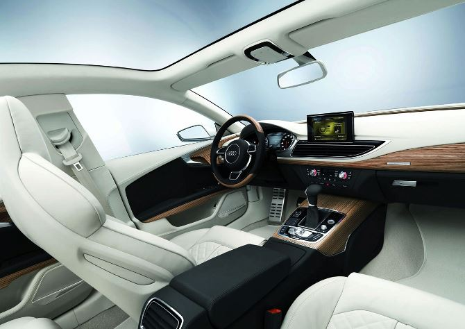 Фото: Великолепно оформленный салон  Audi A7